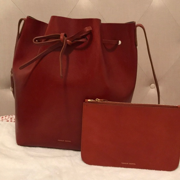 275cc83c2cef4 Authentic Mansur Gavriel Lg Bucket bag in cognac. M 5a653820fcdc31da782369e2